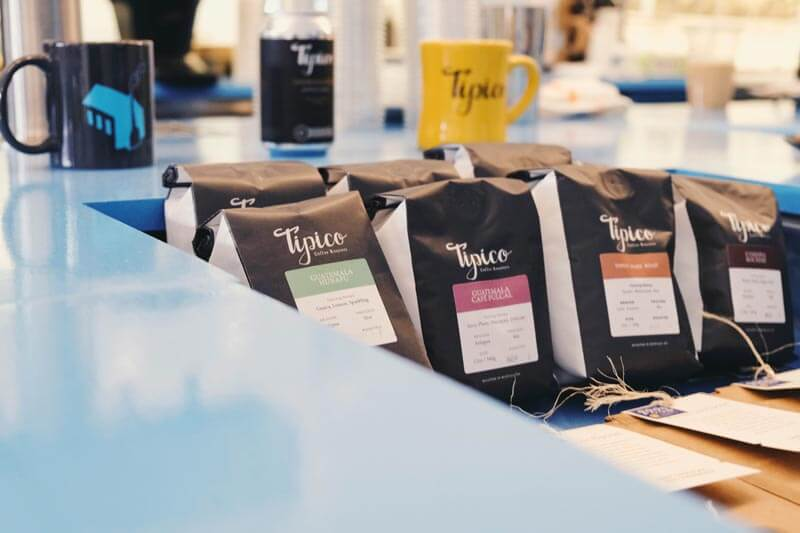 tipico-coffee-bags-counter-display-800px